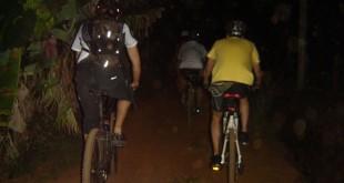 Mais um pedal noturno