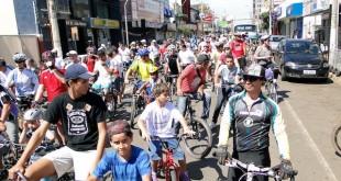 Mais de 350 pessoas participaram do Passeio Ciclístico do Bem