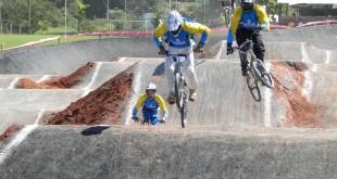 Fotos do Campeonato Mineiro de Bicicross em Patos de Minas